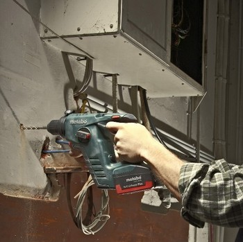 METABO BHA18LTX POWER PLUS 2 FUNCTION SDS HAMMER DRILL (BODY ONLY)
