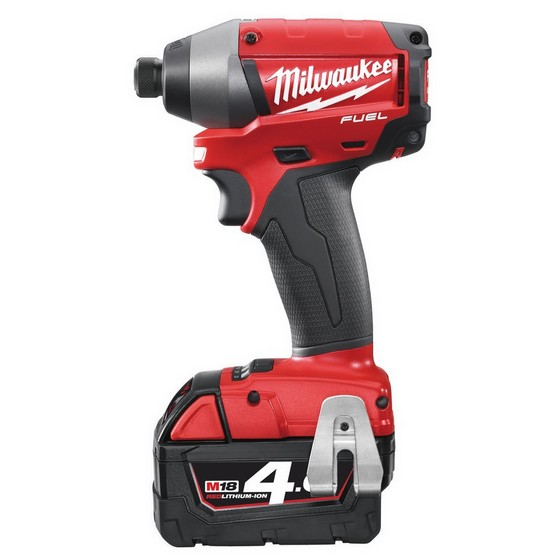 MILWAUKEE M18 CID-402C FUEL 18V IMPACT DRIVER 2 X 4.0ah RED Li-ion BATTERIES