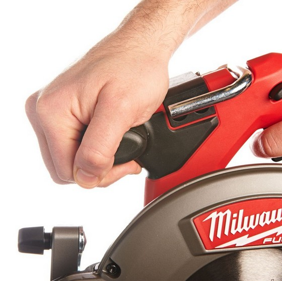 MILWAUKEE M18 CCS55-0 M18 18V FUEL BRUSHLESS CIRCULAR SAW (BODY ONLY)