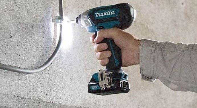 Makita wrench