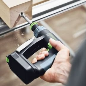 Comparing the CXS and TXS Festool drill drivers