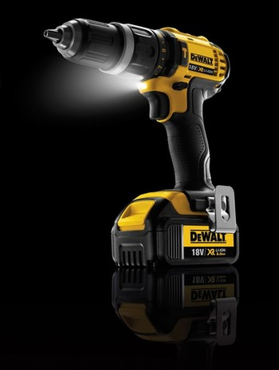 DEWALT DCD785L2 18V 2 SPEED XRP COMBI DRILL WITH 2 x 3.0Ah LITHIUM-ION XR BATTERIES + Holster & Belt