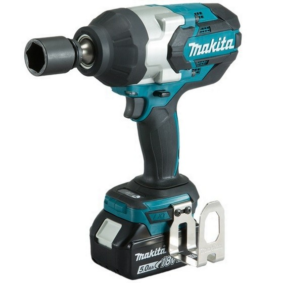 MAKITA DTW1001RTJ 18V BRUSHLESS 3/4IN IMPACT WRENCH WITH 2X 5.0AH LI-ION BATTERIES