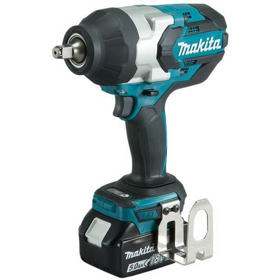 MAKITA DTW1002RTJ 18V BRUSHLESS 1/2IN IMPACT WRENCH WITH 2X 5.0AH LI-ION BATTERIES