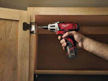 MILWAUKEE M12BD-202C COMPACT 12V SCREWDRIVER WITH 2 X 2.0AH RED LITHIUM BATTERIES