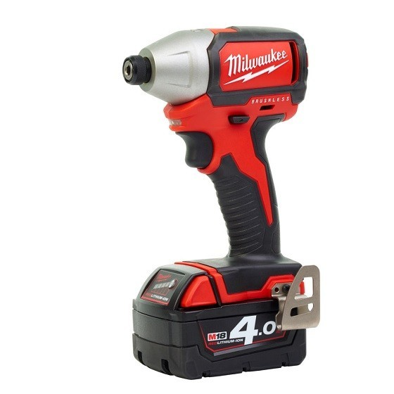 MILWAUKEE M18BLID-402 18V BRUSHLESS IMPACT DRIVER WITH 2X 4.0AH LI-ION BATTERIES
