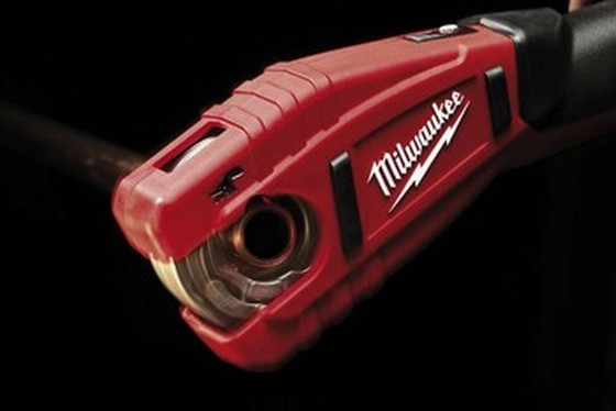 MILWAUKEE C12PC-202C 12V PIPE CUTTER 1 X 2.0ah Li-ion BATTERY
