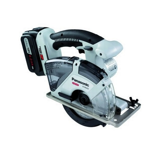 PANASONIC 18v DUAL VOLTAGE UNIVERSAL CIRCULAR SAW 2 X 18V 4.2ah Li-ion BATTERIES (Supplied with Metal cutting blade)