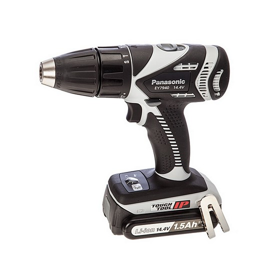 PANASONIC 14.4v AUTOMATIC GEAR CHANGE DRILL DRIVER 2 x 4.2ah Li-ion BATTERIES