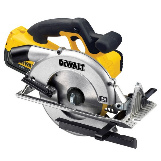 DEWALT DC300M2 CIRCULAR SAW WITH 2X 4.0AH LI-ION BATTERIES