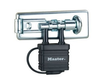 MASTER LOCK 110MM BOLT HASP WITH INTEGRATED LOCK