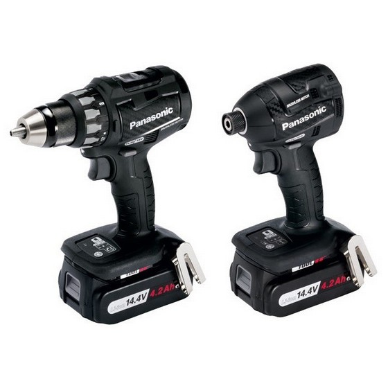 PANASONIC EYC215LS2F31 14.4V BRUSHLESS TWIN PACK WITH 2X 4.2AH LI-ION BATTERIES