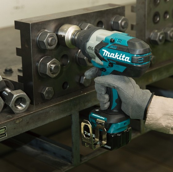 Makita Dtw1001rtj 18v Brushless 3 4in Impact Wrench With