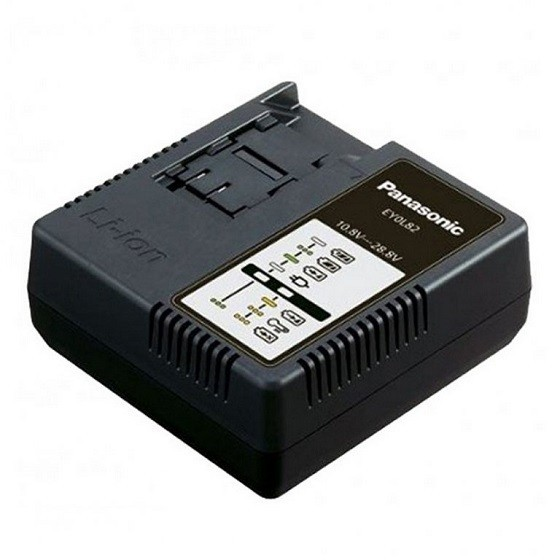 PANASONIC EY0L82 CHARGER