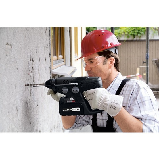 PANASONIC EY7880LZ2C 28.8V SDS ROTARY HAMMER DRILL 2 X 3.3Ah LITHIUM-ION BATTERIES