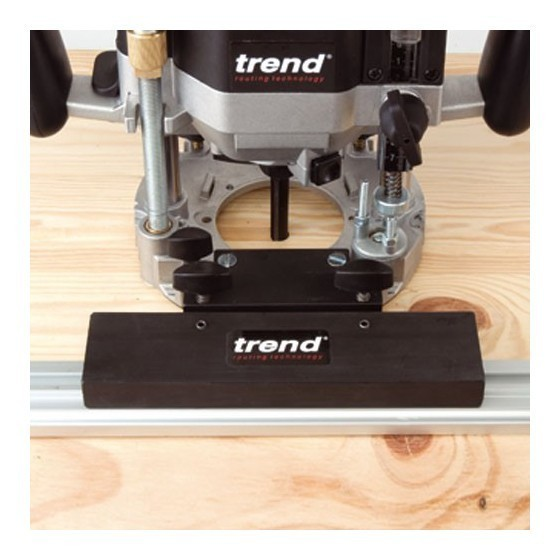 TREND T11ELK 1/2IN ROUTER 110V SUPPLIED IN CASE + FREE 35 PIECE CUTTER SET
